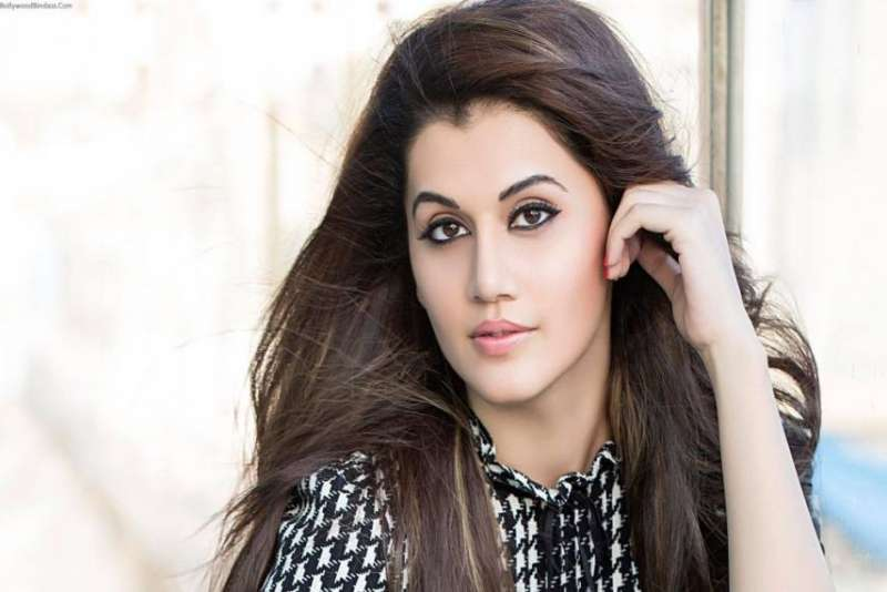 actress-taapsee-pannuive-set-a-lot-of-bounds-for-bikini--_g2d