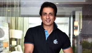 bollywood-actor-sonu-sood-mortgages-his-properties-in-mumbai-to-raise-rs-10-crore-deets-inside_g2d
